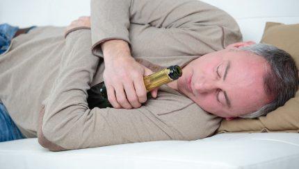 Alcohol and Snoring - snoringdevicesaustralia.com